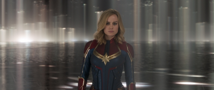 News: CAPTAIN MARVEL: Superheldin erobert Platz Eins