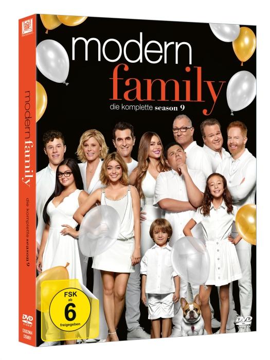 Modern+Family_SSN9_3D_DVD_HR_700