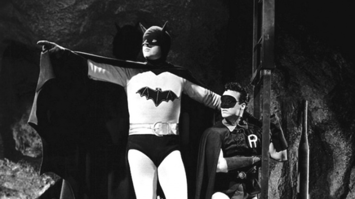 batman-1943-the-bats-cave